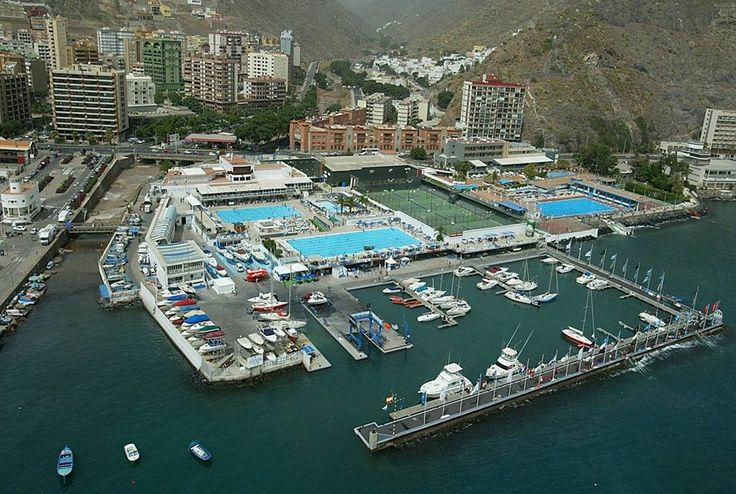 Real club nautico santa cruz de tenerife canarias private for Piscina municipal puerto de la cruz