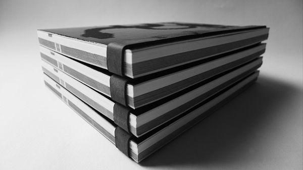 Diseño de la identidad de la cuarta edición del foro en el Museo de Arte Carrillo Gil, la muerte del libro es el tema de esta edición