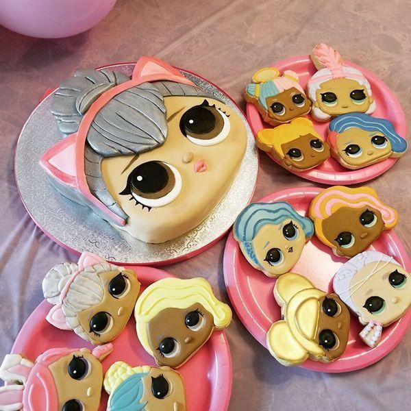 LOL Kitty Queen Birthday Cake