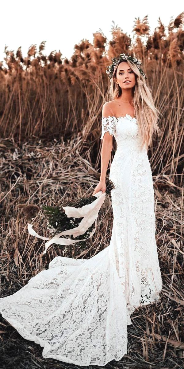 White Wedding Dress All Brides Want To Find Themselves Finding The Most Appropriate Wedding Wedding Dresses Unique Lace Mermaid Wedding Dress Wedding Dresses