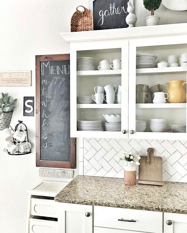 Open Heart Kitchen: 1000+ Ideas About Herringbone Subway Tile On Pinterest
