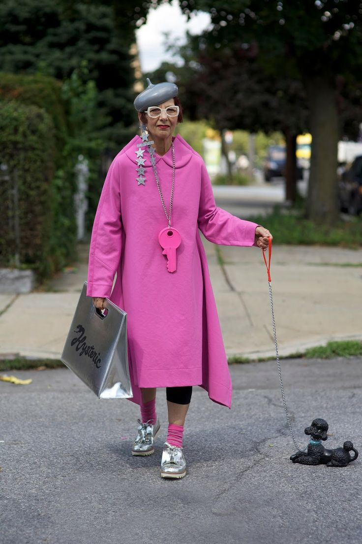 ADVANCED STYLE: Christina Viera in Pink Comme des Garcons