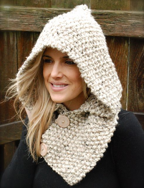 The Lakota Hood - $5.50 RAVELRY --  Lion Brand Wool-Ease Thick & Quick Solids, Twists, Heathers     Yarn weight   Super Bulky (5-6 wpi)     Gauge   2.5 stitches = 1 inch     Needle size   US 15 - 10.0 mm     Yardage   200 yards