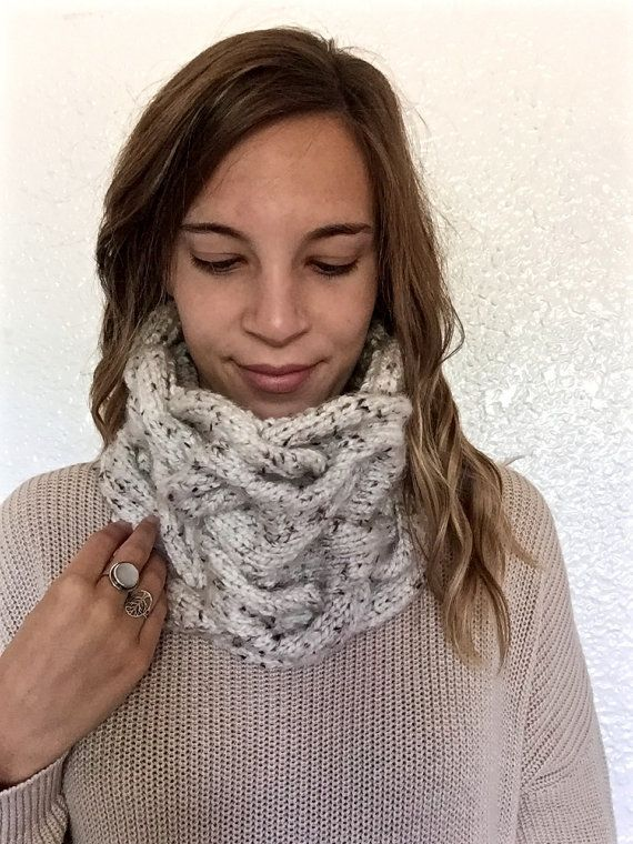 ↠ Handmade ↠ Chunky cable knit ↠ Machine washable ↠Tube shaped cowl scarf  WHY…