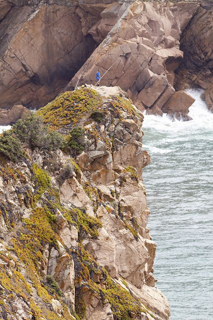 Cabo da Roca - Extreme fishing - Biscaia, Portugal