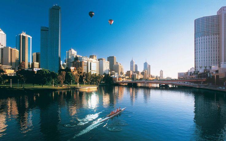 Australia, capital city, Melbourne in the morning