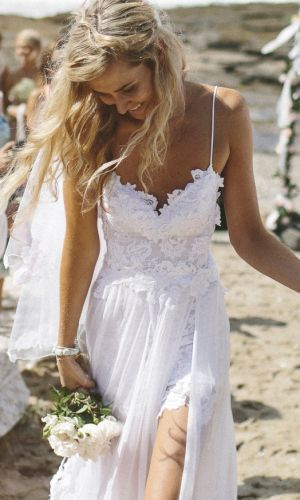 beautiful beach wedding dress by @gracia fraile fraile fraile Gomez-Cortazar loves lace visit their site and follow their boards. They have awesome stuff!