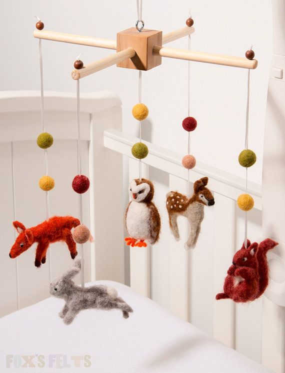 Woodland mobile felt mobile baby crib mobile by foxsfelts for Woodland animals nursery mobile