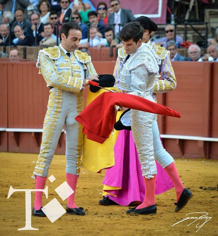 Enrique Ponce, Sebastian Castella y la alternativa de Jose Garrido.