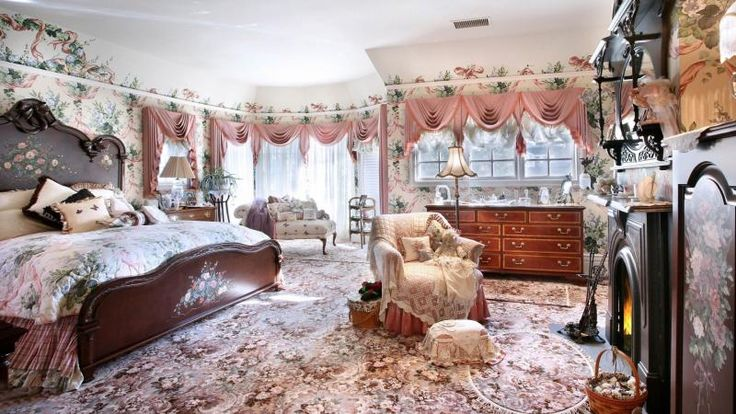 Victorian Room Design