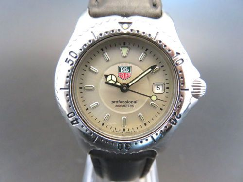 RARE-TAG-HEUER-WI1310-Professional-Date-Quartz-Watch-with-Manual-Book-339