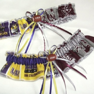 I MUST HAVE THIS. Either LSU/USC or saints/panthers.