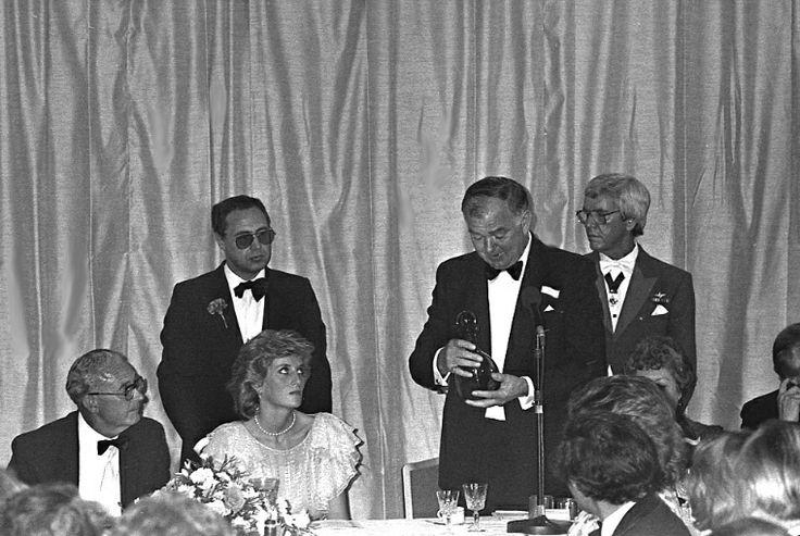 1985-07-24 Diana listens to a speech at the Gloucestershire Cricket Club Dinner, Ladbroke Dragonara Hotel in Bristol