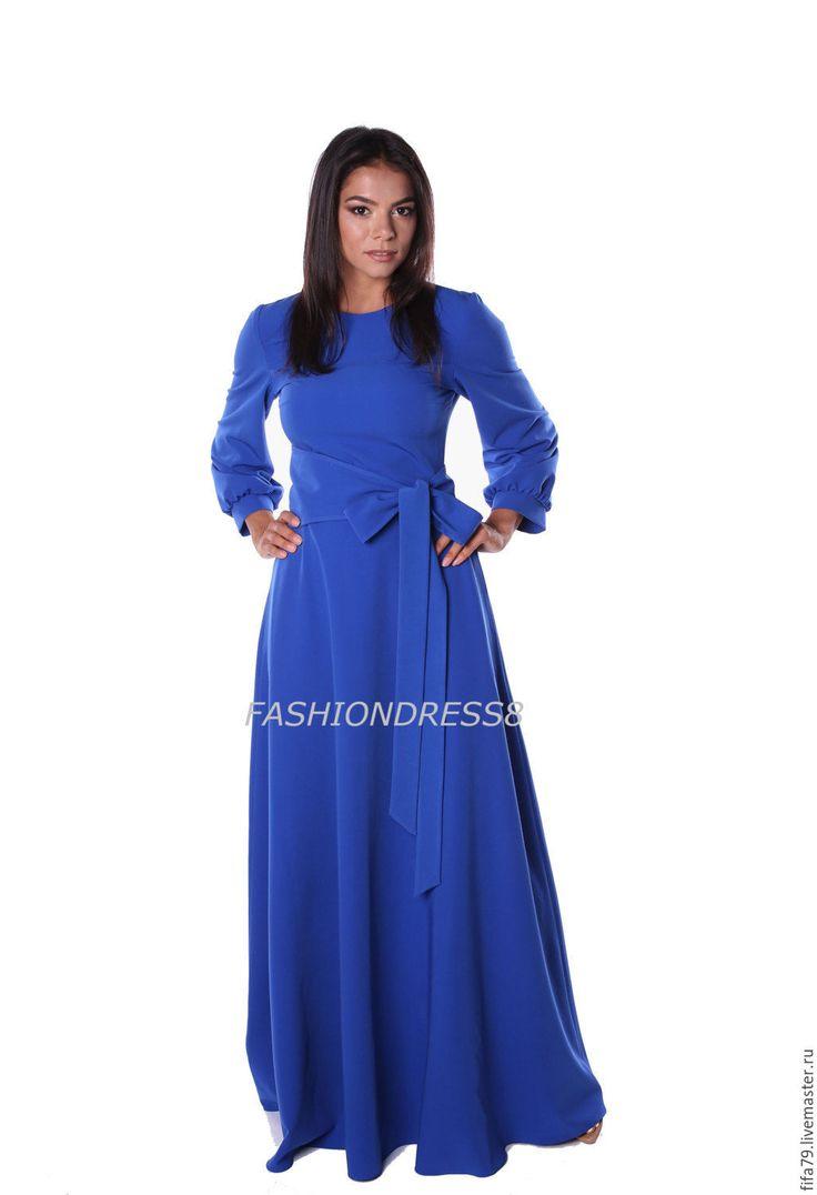 Купить Длинное Осеннее яркое Платье С Поясом И Карманами - тёмно-синий, однотонный