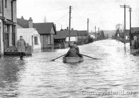 Photo:Looking north up Denham Road during the Canvey Island Flood 1953