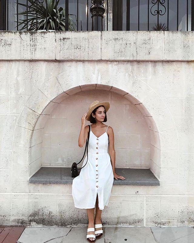 PARISIAN GIRL♡ Feelin' the romantic vibes -- @lauraduncanxo wears our Passing Through Midi Dress Shop her look online now! #PollyGalpollygal #PrincessPolly