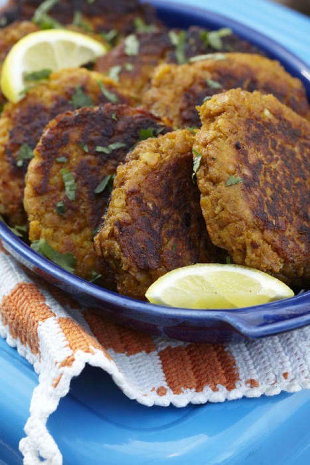 Morotsbiffar blir extra goda om du lägger till tahini och spiskummin. perfekt som lättare lunch eller till middagen med lite ris. Mums!