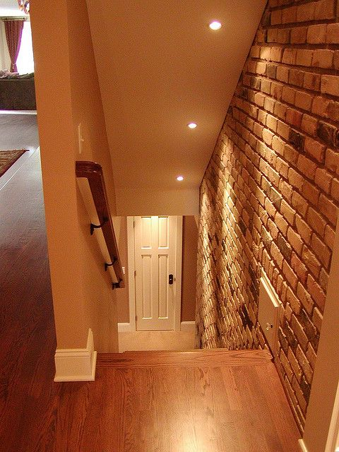 Loving the brick wall! Would be good going down the stairs, no more smudged fingerprints from Kids :)