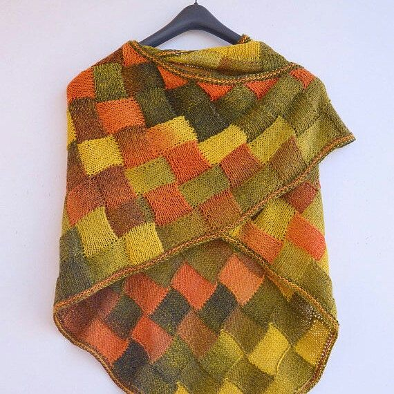 Autumn color enterlac shawl  #shawl #enterlac #knitted #dosiakstyle #women