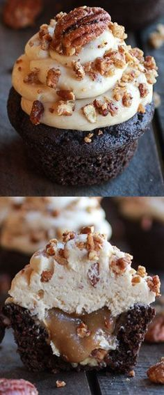 Chocolate Bourbon Pecan Pie Cupcakes with Butter Pecan Frosting!!!! Yum!! #Fall #Dessert #Holiday_baking