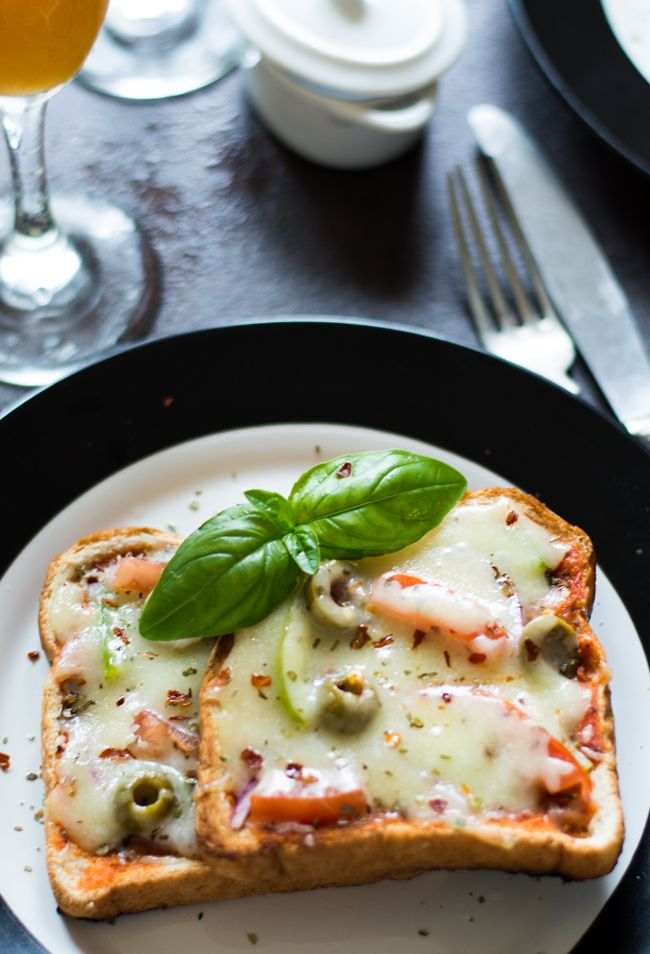 Making Bread pizza without oven is the simplest of all pizza recipes. Requires not much ingredients and can be served at anytime and any occasion