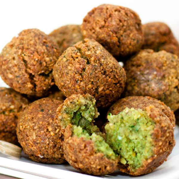 Falafel   Print Ingredients 2 cups dried chickpeas 3 medium garlic cloves, washed, smashed, and peeled 1 tsp. cumin ¼ tsp. cayenne pepper Z...