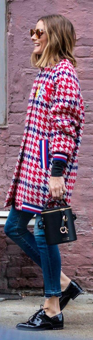 Olivia Palermo: Shoes – Sigerson Morrison  Purse – Meli Melo Severine  Sunglasses – Fendi  Jeans – Citizen of Humanity  Coat – Katya Dubryakova