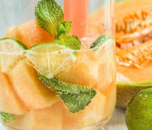 #vegan #vegetarian Sárgadinnye mojito http://kertkonyha.blog.hu/2016/07/31/sargadinnye_mohito