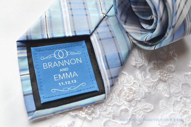 A tie patch for the groom to match the bride's 'something blue'