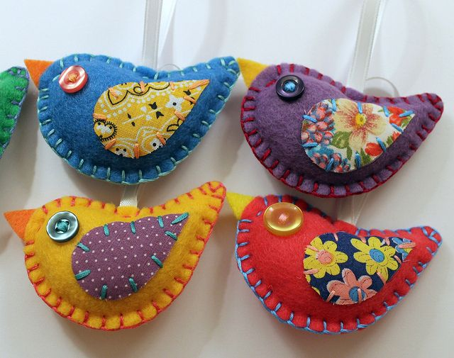 Felt Bird Ornaments Wedding Favors by lova revolutionary, via Flickr