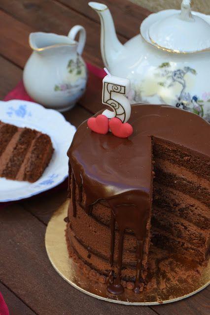 Arco-íris na Cozinha: Naked Cake de Chocolate e Caramelo