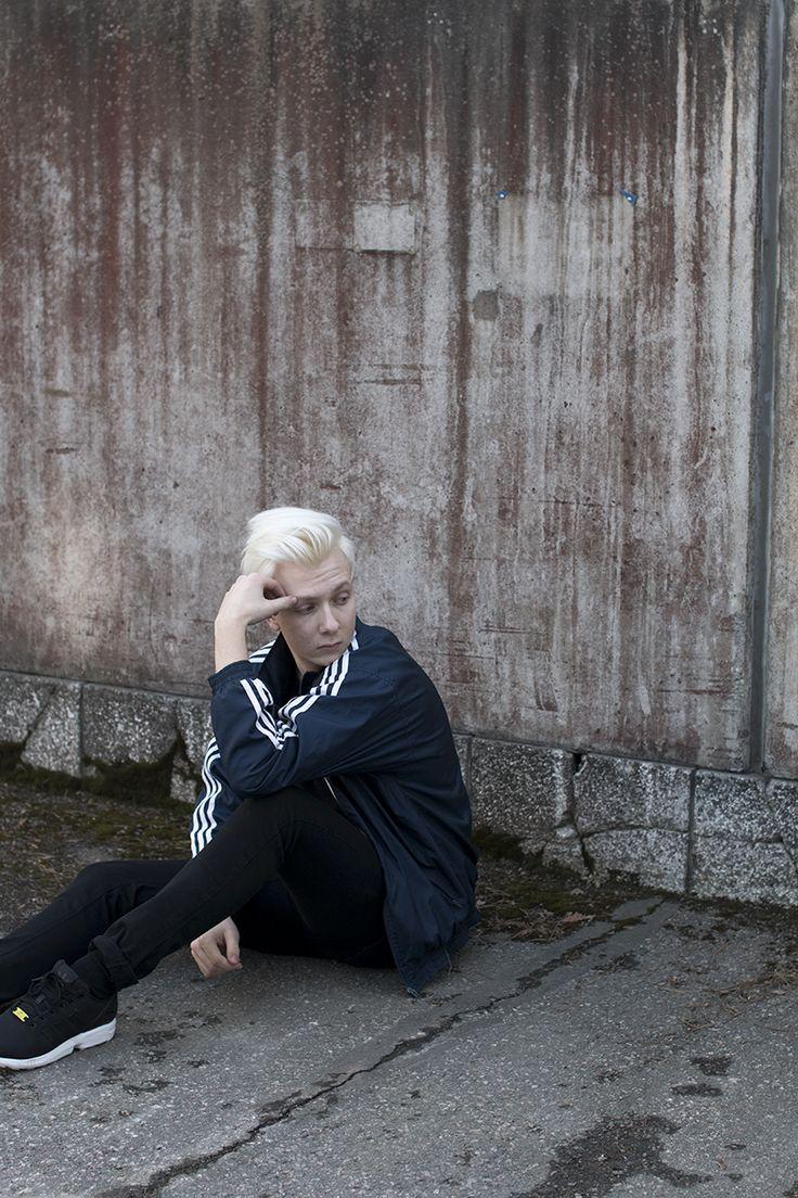 SPORTY VIBES | Men´s fashion, more on my blog.  PHOTOS: Ella Viinikainen MODEL: Jere Viinikainen
