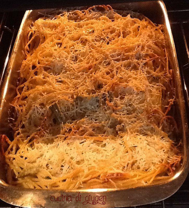 Spaghetti e carciofi al forno