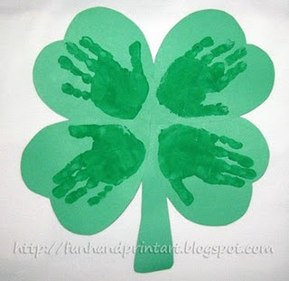Handprint Four leak Clover: Four Leaf Clovers, Hands Prints, Footprint Art, Kids Crafts, Handprint Art, St. Patrick'S Day, Heart Shap, Handprint Shamrock, St Patrick'S Day