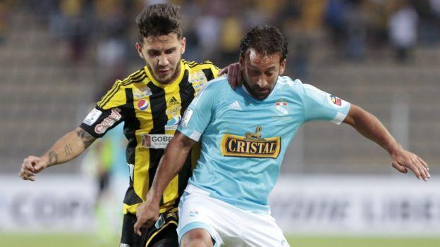 Deportivo Táchira empata 0-0 con Sporting Cristal por la Copa.  Libertadores. Vamos celestes ¡Si se puede!