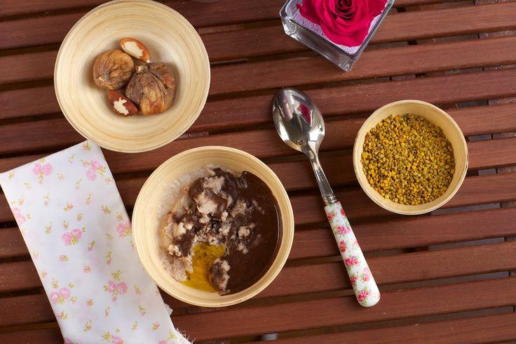 Un petit déjeuner sain, sans gluten & sans lactose (végétalien) : enrichi en superaliments, il est plus sain que le Miam ô fruits ou la crème Budwig.