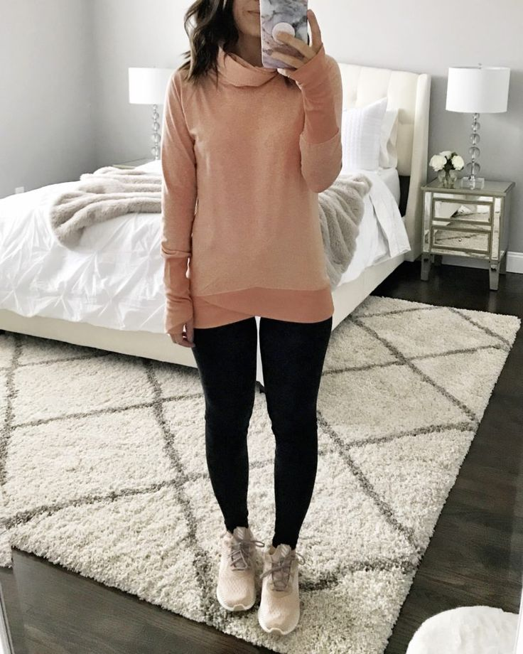 Perfect gym to brunch outfit | Orange turtleneck sweater, leggings, and sneakers