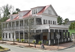 Charleston bed and breakfast & inns. Find the perfect Charleston B lodging