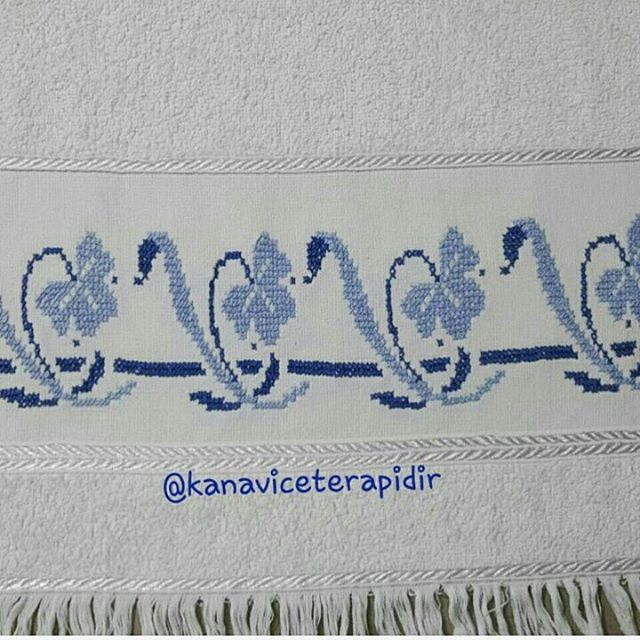 #kanaviçe #nakış #elişi #hobi #etamin #puntodecruz #crossstitch #crossstitching #crossstitcher