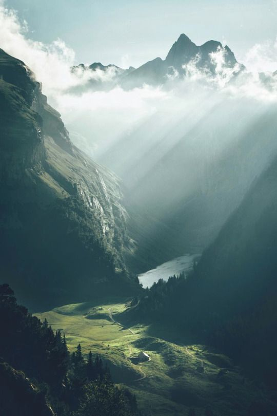 Dear Switzerland.. U r on my list..that house is damn lucky..#lovetoexplore