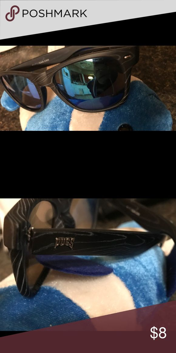 Pugs Sunglasses Blue/green mirror shades on a sturdy plastic frame Accessories Glasses