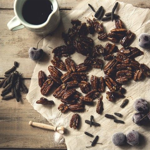 These Spiced Balsamic Glazed Nuts will be a hit at the New Year's Eve party! With Black Mission Fig Dark Balsamic Vinegar you really can't go wrong.