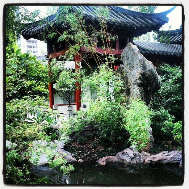 The Chinese Garden Of Friendship, Darling Harbour, Sydney Australia | The Travel Tester | www.thetraveltester.com