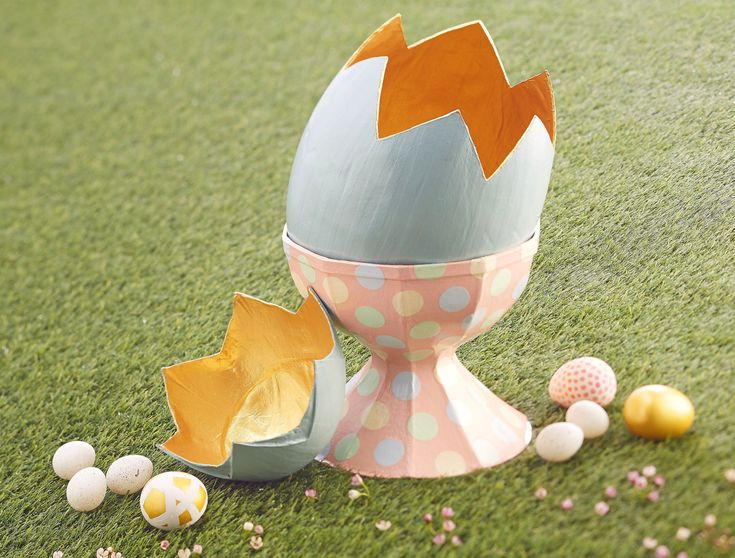 How to Decorate a Mache Egg #Easter #KidsCraft #DIY