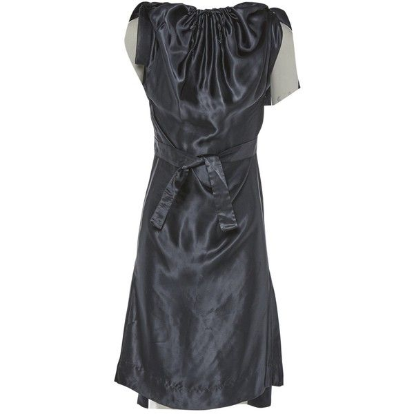 Pre-owned Vivienne Westwood Mid-Length Dress ($261) ❤ liked on Polyvore featuring dresses, anthracite, women clothing dresses, shirring dress, collared dresses, mid length dresses, shirred dress and batwing dresses