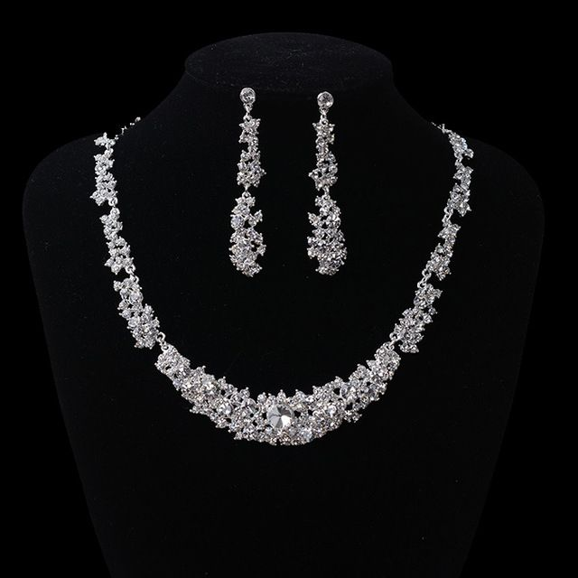 Hot Gorgeous Crystal Bridal Jewelry Sets Rhinestone Clip Earring For Bride Wedding Accessori In Stock Formal Accessories