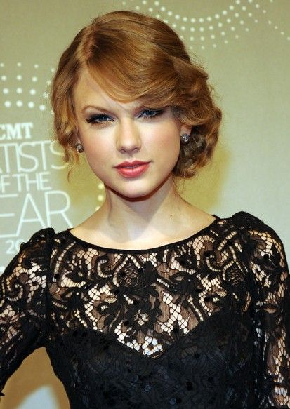 Taylor Swift Retro Updo for Kelli's wedding