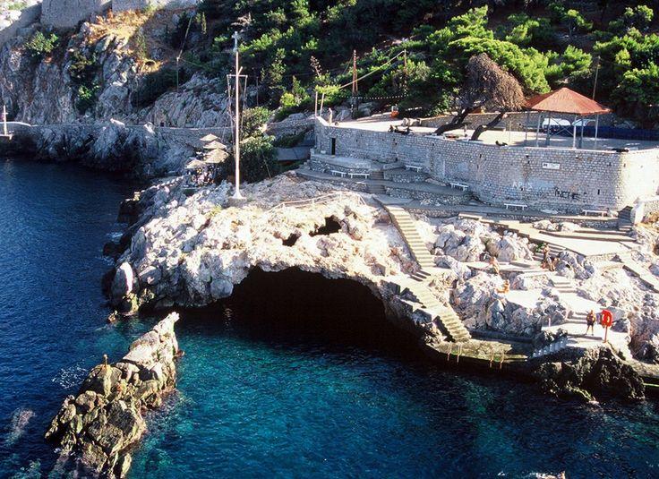 Hydra - Spilia Beach  by www.hydra.gr/en/