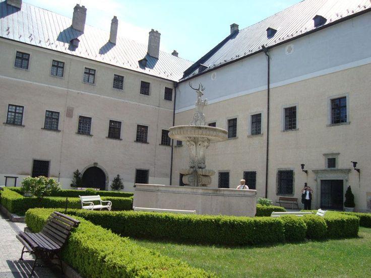 Castle hunting in Slovakia-Cerveny Kamen