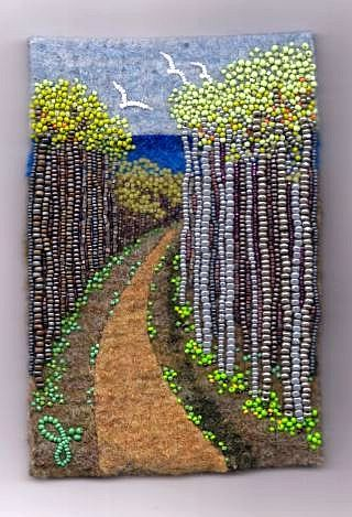 Tree Art~Painting with beads. Cool! (Sorry, the link is bad)